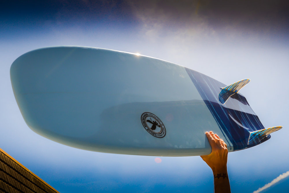 Monkeywing-Surfboard-Hand.jpg