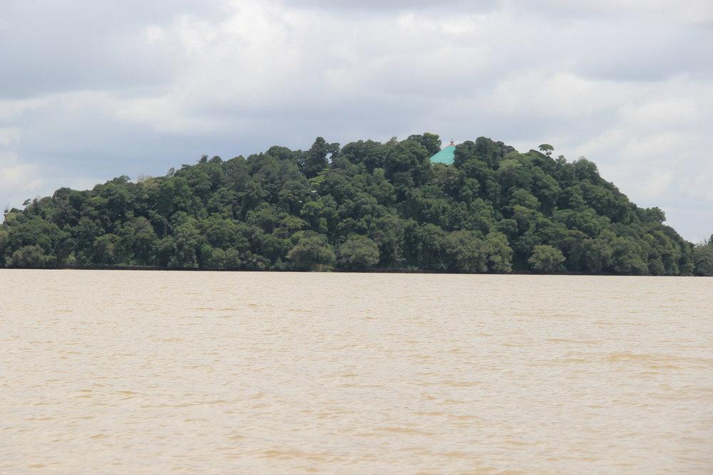Lake TanaJPG