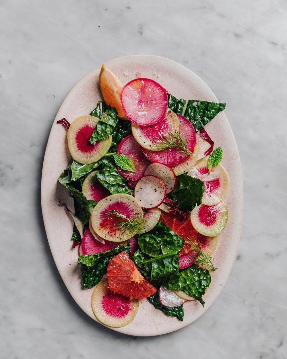 WINTER RADISH AND KALE SALAD WITH CITRUS AND HERBS #recipe #easyrecipe #wintersalads #watermelonradish #foodstyling