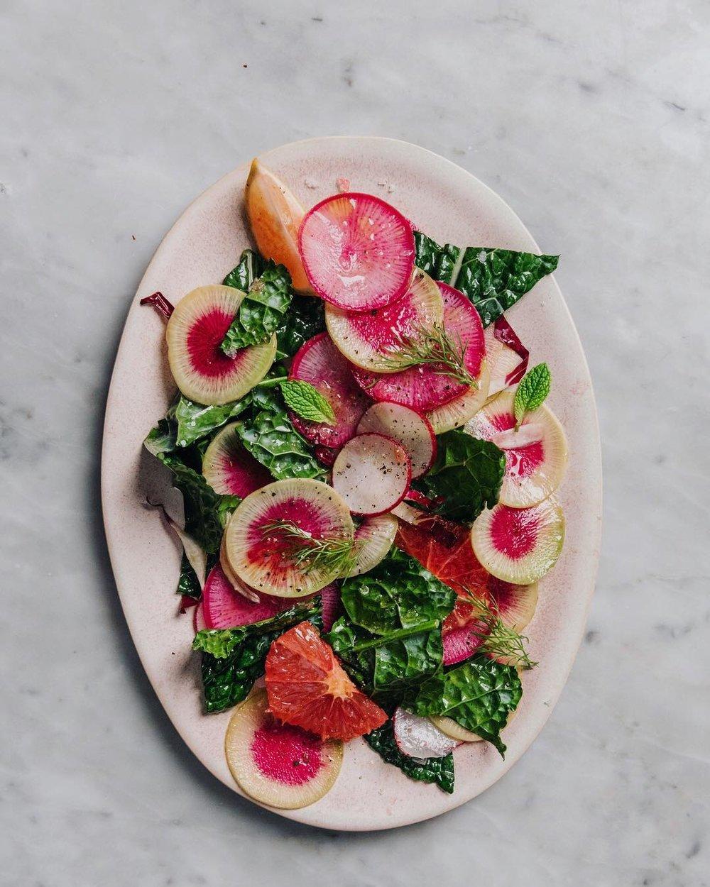 WINTER RADISH AND KALE SALAD WITH CITRUS AND HERBS #recipe #easyrecipe #wintersalads #watermelonradish #foodstyling