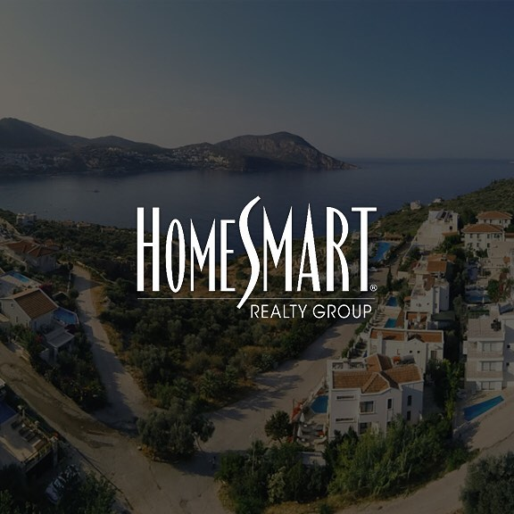 Happy to announce a licensing deal with HomeSmart Las Vegas, Nevada! New city, same quality. - - - - - #dronemvp #dronestagram #drones #technology #tech #business #startup #competition #entrepreneur #usc #fighton #college #university #photography #cinematography #aerial #aerialcinematography #instadaily #adventure #explore #world #wanderlust