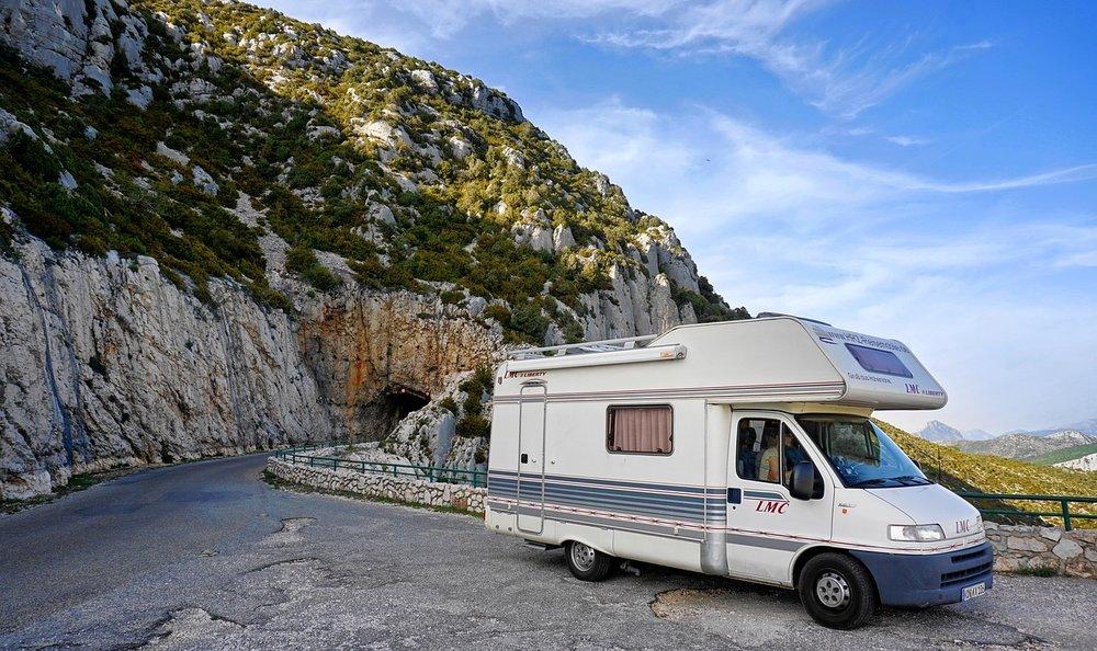 mobile-home-2834108_1280.jpg