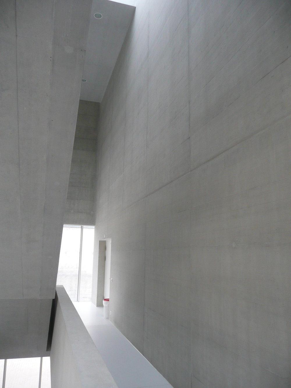 BEECK Concrete Stone Glaze Project - Gym in Liestal Switzerland 1