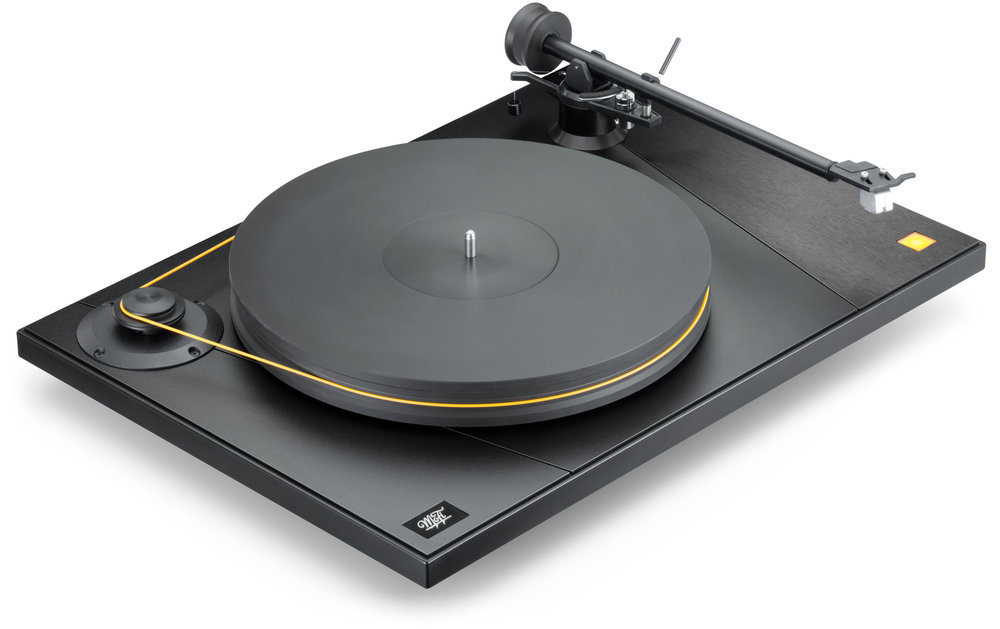 MoFi_Electronics_UltraDeck_Turntable_High_Angle_Right