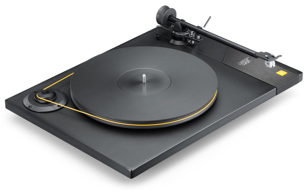 MoFi_Electronics_StudioDeck_Turntable_High_Angle_Right