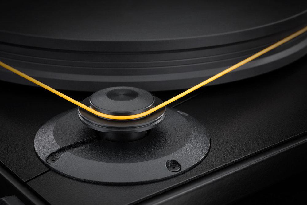 Mobile Fidelity UltraDeck Motor Platter Detail