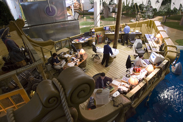 InventionLand Pittsburgh https://officesnapshots.com/2010/09/29/inventionland-offices/