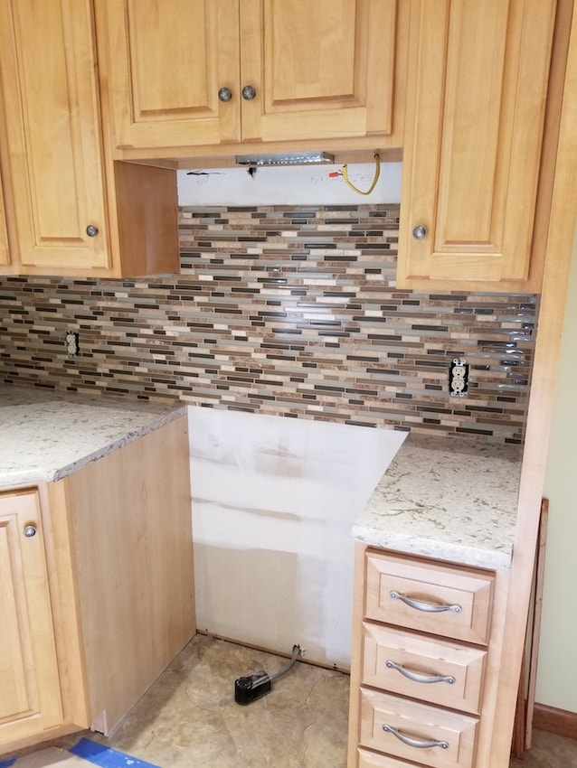 brandon-alderfer-finished-kitchen-backsplash-oct16-oct20-1-min.jpg