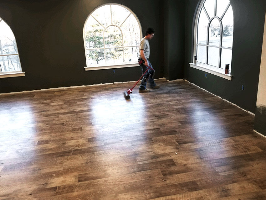 josh-plank-sight-and-sound-mannington-adura-LVP-5-mailchimp-web-january-2018-edit-d-&-s-flooring.jpg
