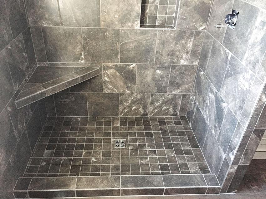 jordan-weaver-wilford-martin-ceramic-tile-bathroom-2-d-&-s-flooring-min.jpg