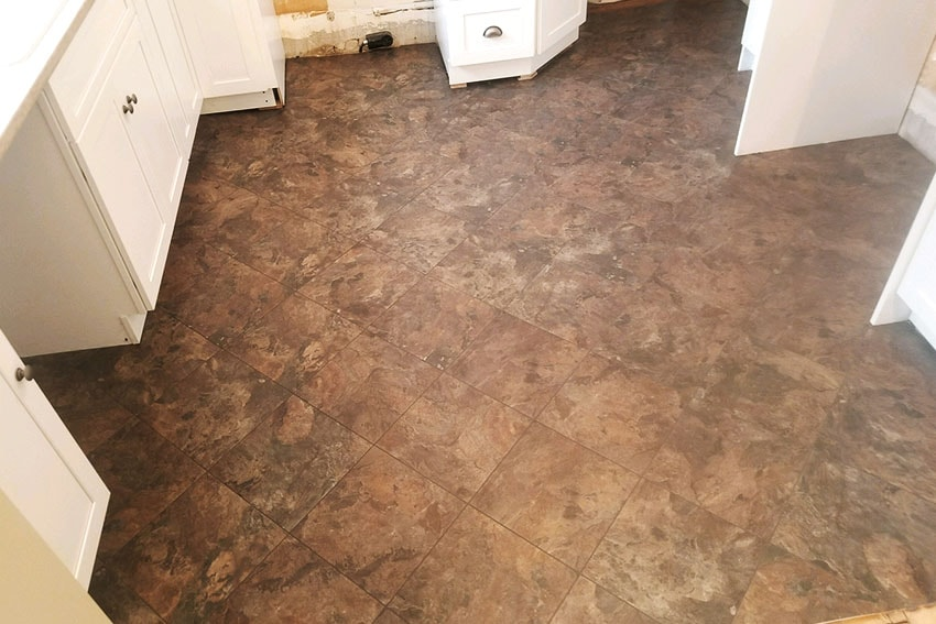 20180320-4-Josh-Plank-Tile-Kitchen-Floor-web-March-2018-d-&-s-flooring-min.jpg