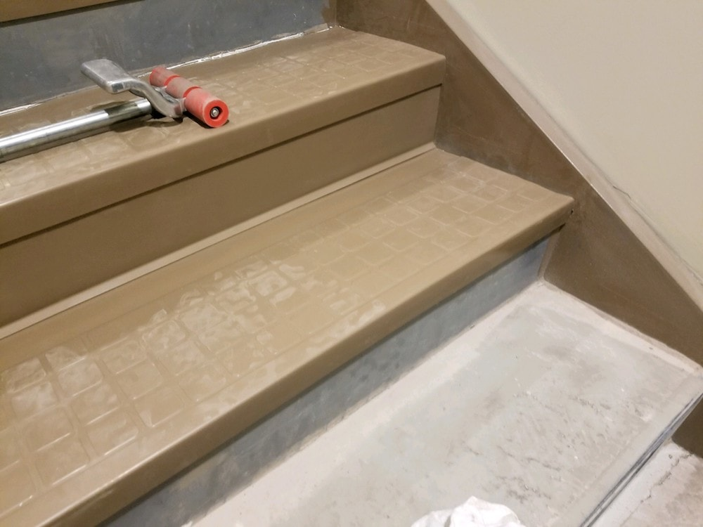 20180519_100125-josh-plank-woodcrest-retreat-vinyl-stair-treads-d&s-flooring copy-min.jpg