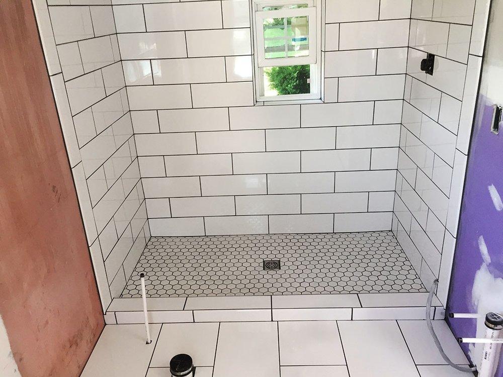 jordan-weaver-3-evans-caramic-tile-pool-house-shower-small-july-2018-D&S-flooring-min.jpg