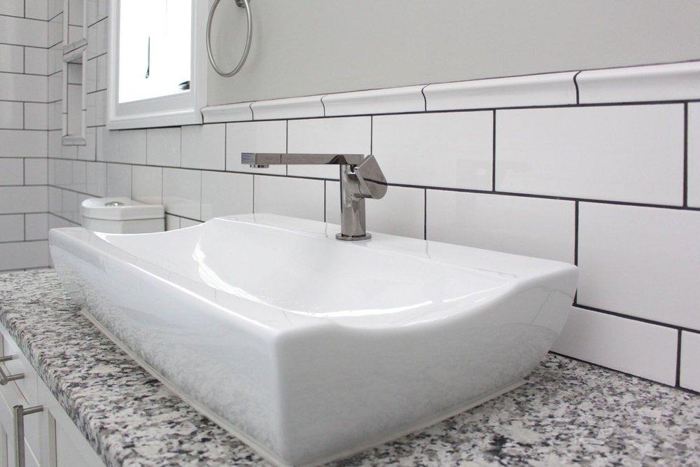 tile-vanity-black-white-banner-d-and-s-flooring-compressor.jpg