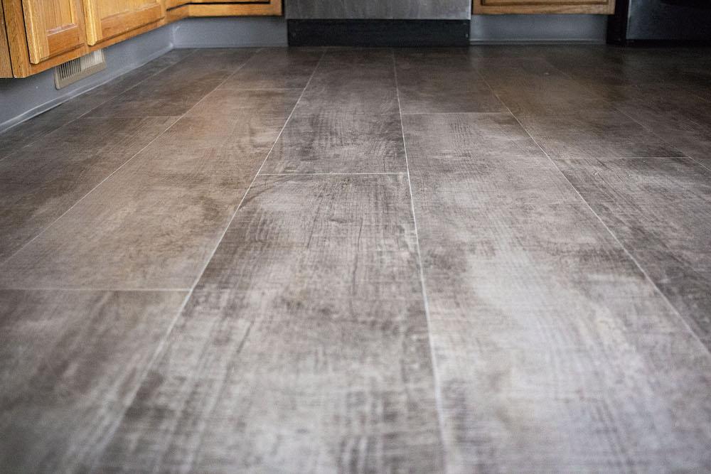 IMG_8081-mary-olenhouse-armstrong-vinyl-1000-d&s-flooring.jpg