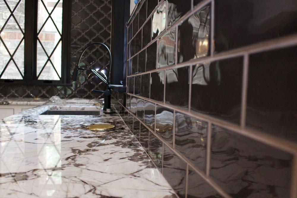 tile-backsplash-kitchen-2-august-2017-kramer-lititz-pa-dandsflooring-min.jpg