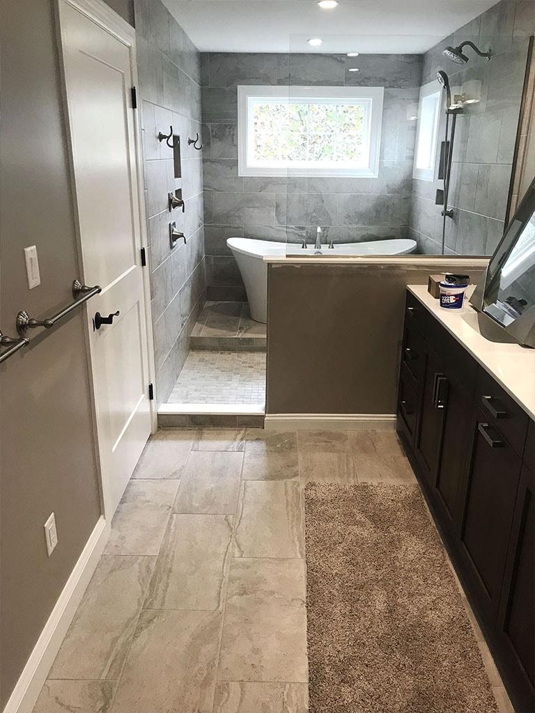 tile-bathroom-ryan-horst-6-web-november-9-2018-dandsflooring-min.jpg