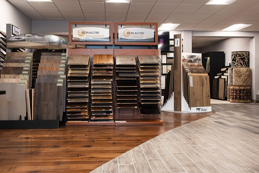 IMG_9731-showroom-hardwood-tile-path-kraus-dandsflooring-min.jpg