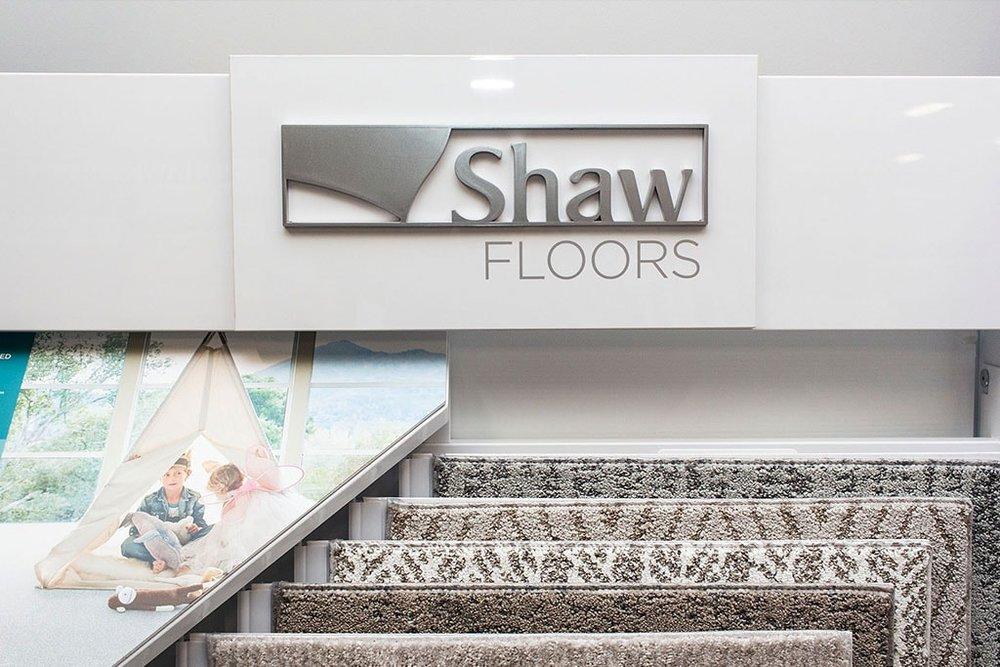 IMG_9778-shaw-rack-showroom-dandsflooring-min.jpg
