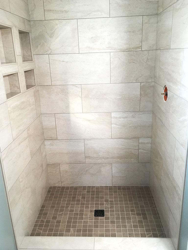 IMG_0664-before-shower-web-lancaster-roger-martin-december-2018-dandsflooring-min.jpg