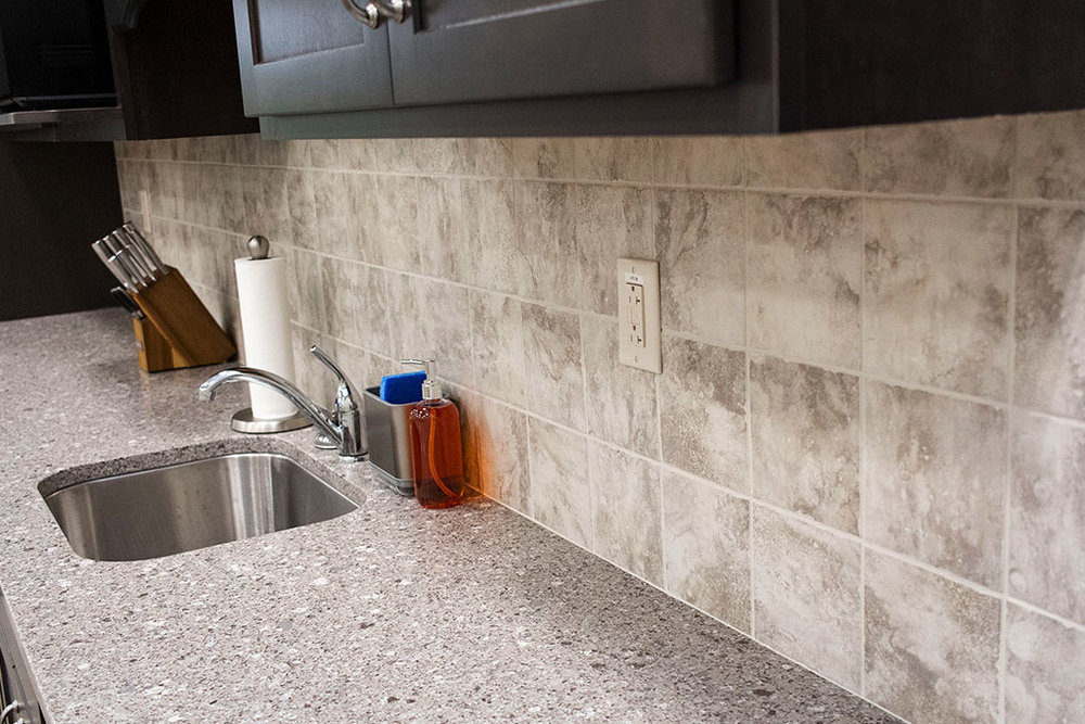 IMG_8652-web-kitchen-tile-backsplash-new-holland-transport-september-2018-dandsflooring.jpg