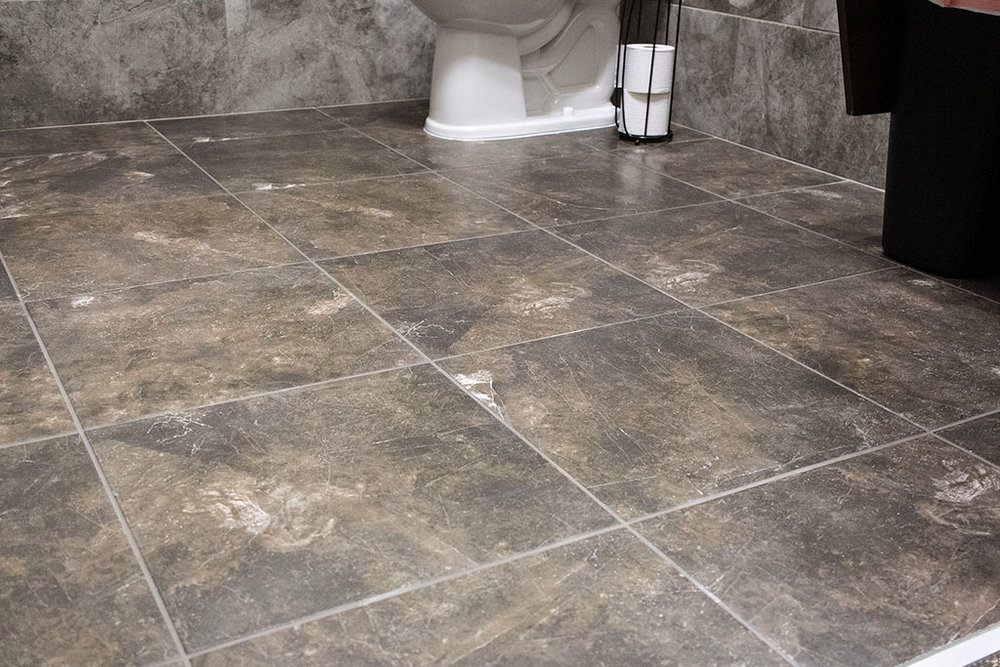 IMG_8660-web-tile-floor-bathroom-new-holland-transport-september-2018-dandsflooring.jpg