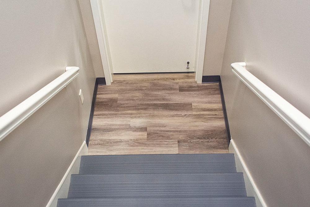 IMG_8639-web-lvp-wood-look-vinyl-stair-treads-risers-new-holland-transport-september-2018-dandsflooring.jpg