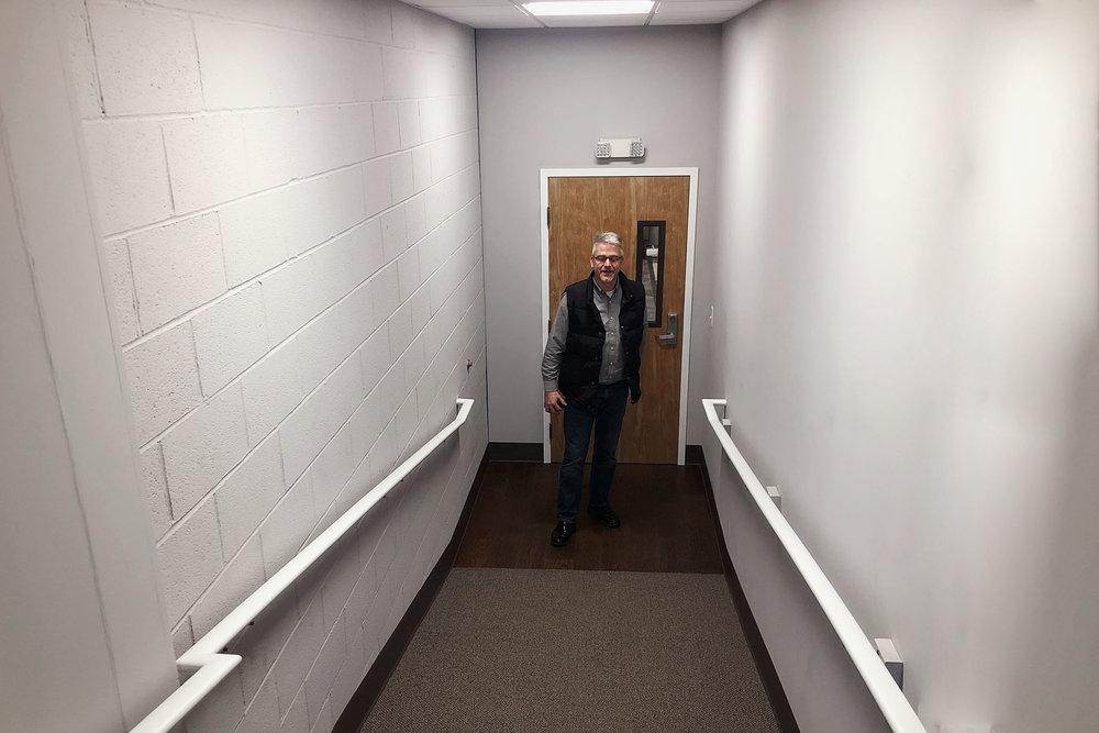 6703-2-after-derry-hallway-showroom-march-2019-dandsflooring.jpg