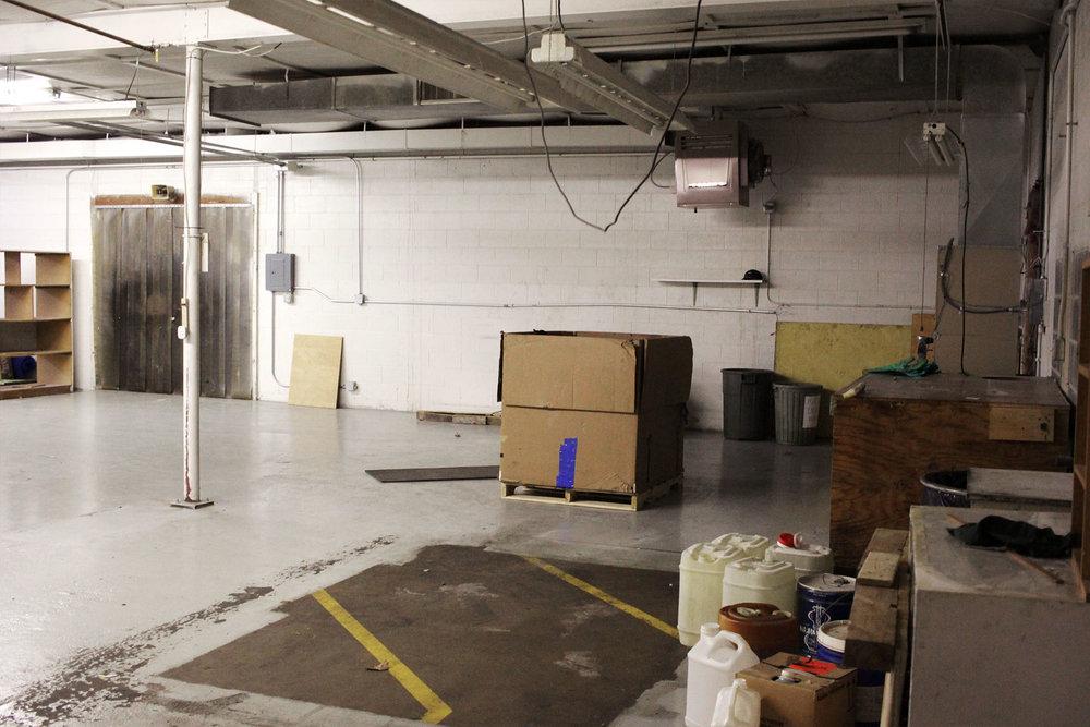 6707-1-before-showroom-december-2017-dandsflooring.jpg