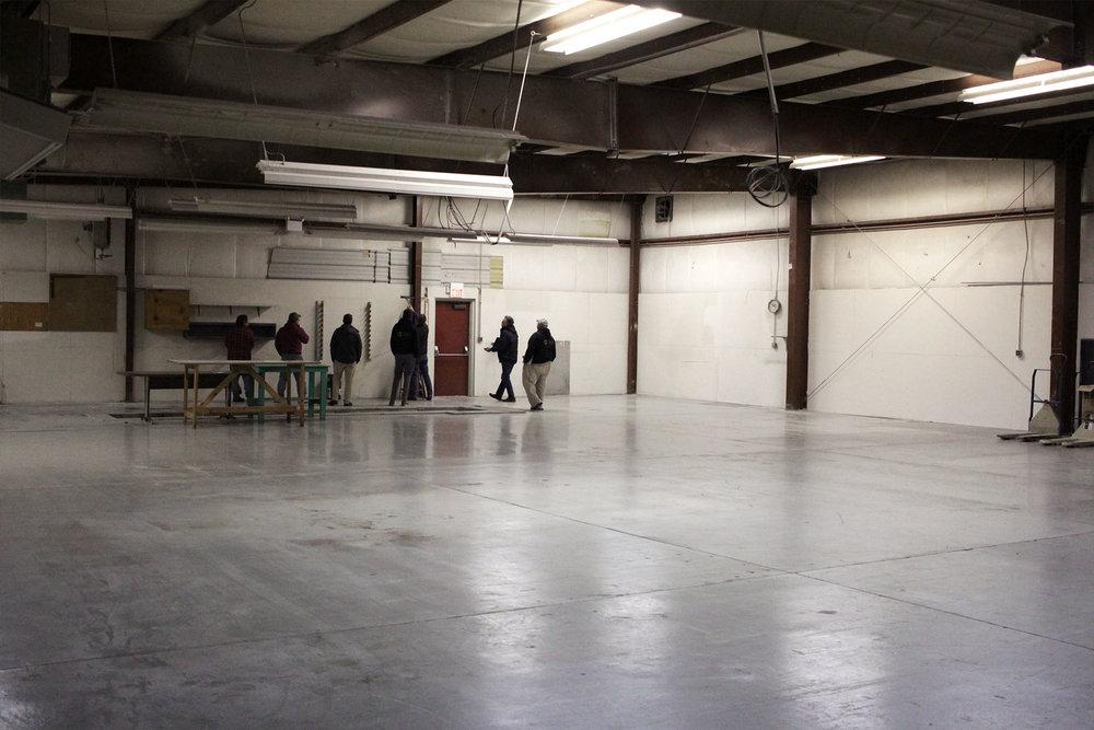 6719-1-before-warehouse-december-2017-dandsflooring.jpg