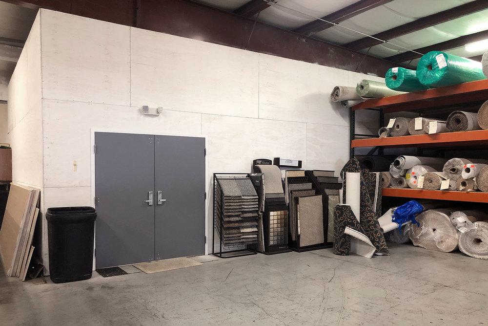 6727-2-after-vinyl-showroom-warehouse-March-2019-dandsflooring.jpg
