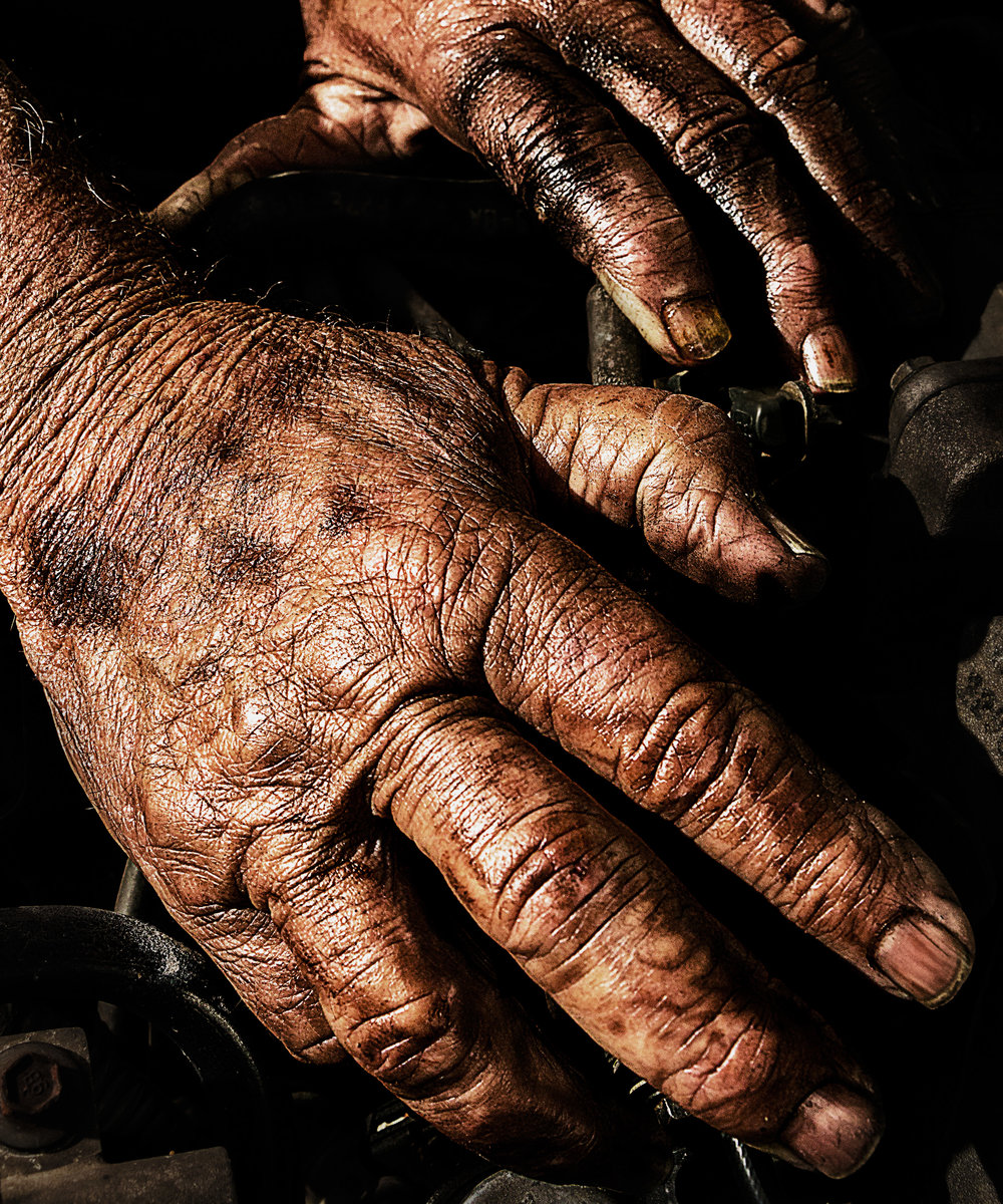 This photo of my father's hands is my favorite photo from 2017. (Click to view full size)