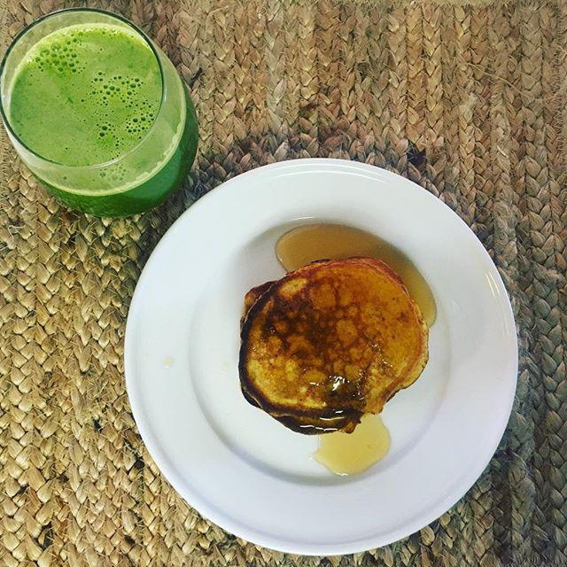gluten + dairy free pumpkin pancakes