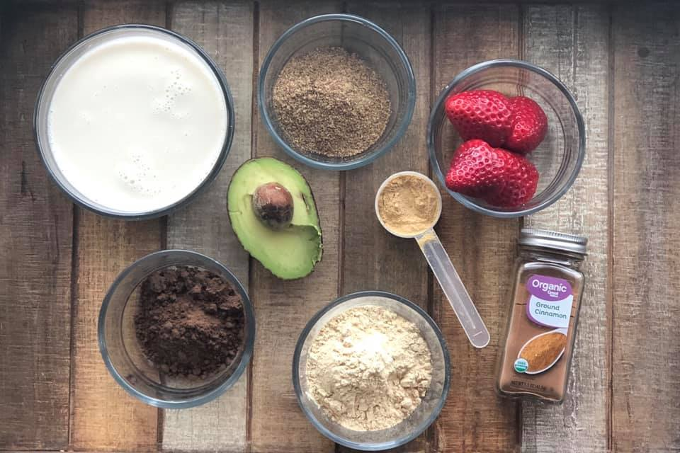 Chocolate Superfood Smoothie Ingredients