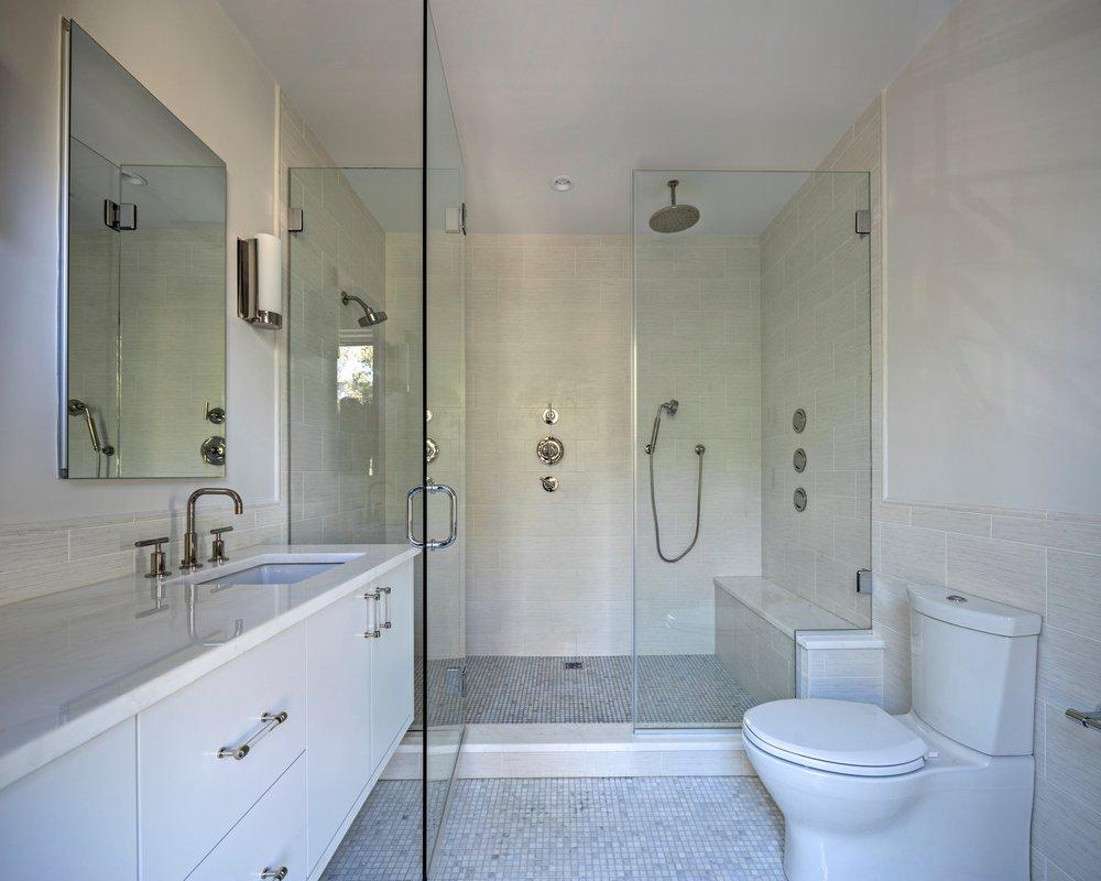 Bathroom+Master+B+1.jpg