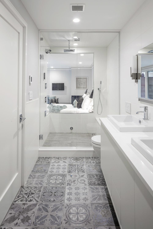 1 - Bath lower.jpg