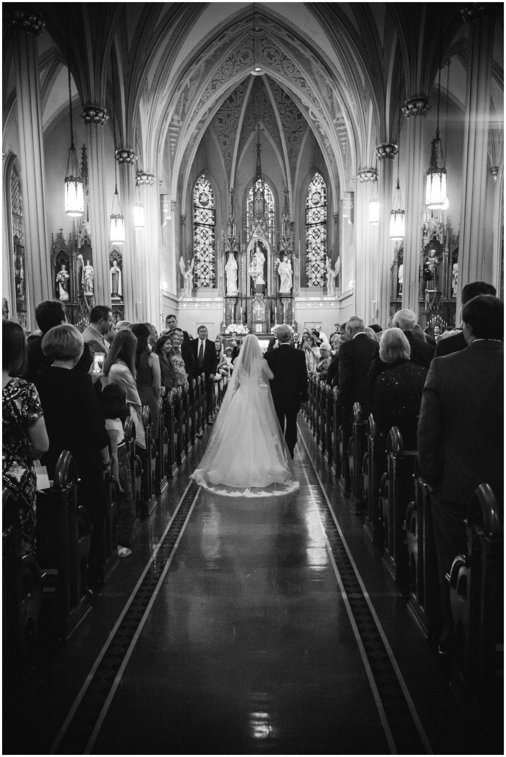 St-Mary-Catholic-Church-Memphis-Wedding-Taylor-Square-Photography_0024.jpg