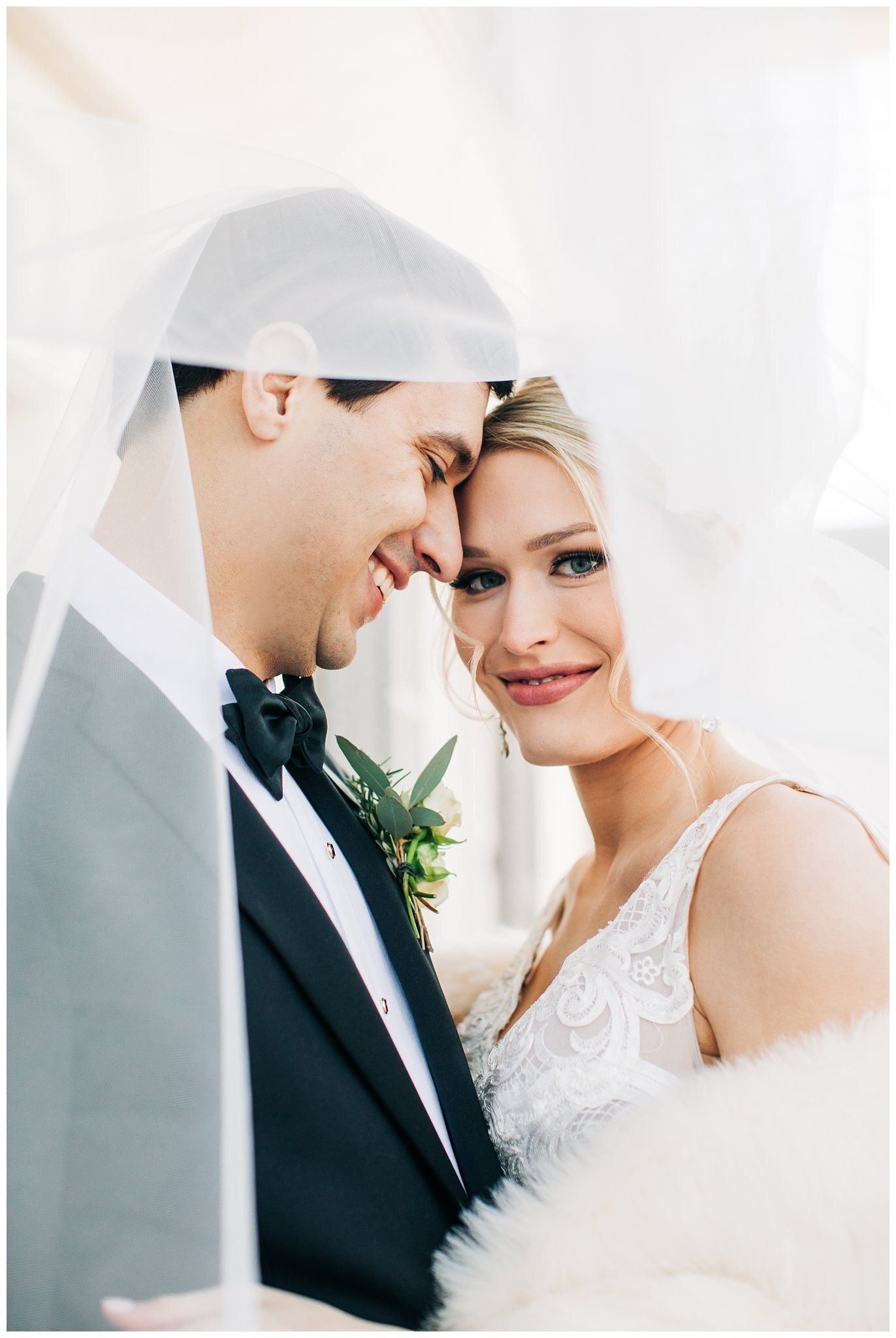 Christmas At Castle Hill 2020 Sydney + Gray | Romantic Castle Hill Oxford Wedding — Taylor