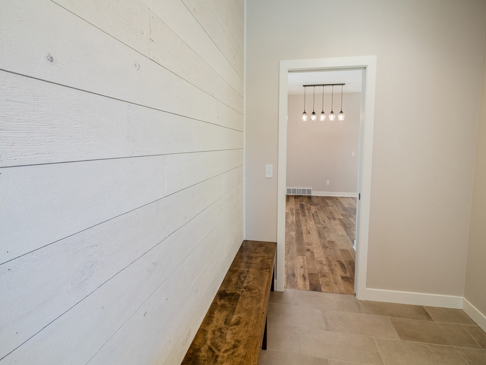7180 Christy Rd - Custom - Entry 1.jpg