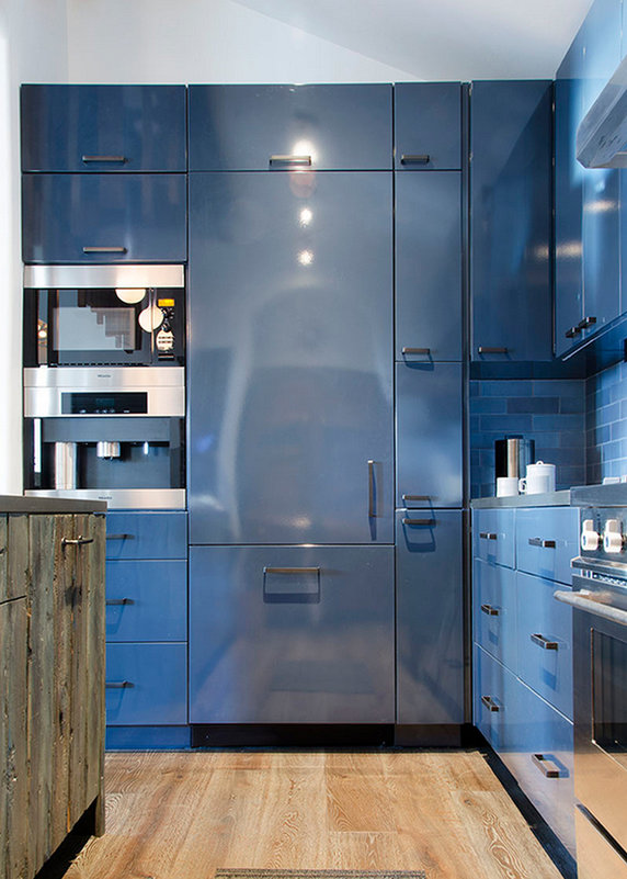Apsen, Colorado - - Beautiful blue steel kitchen cabinets