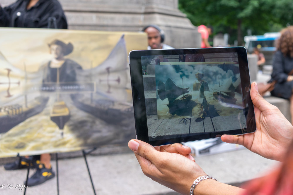 Columbus the Hero?  - An Augmented Reality Book on Columbus