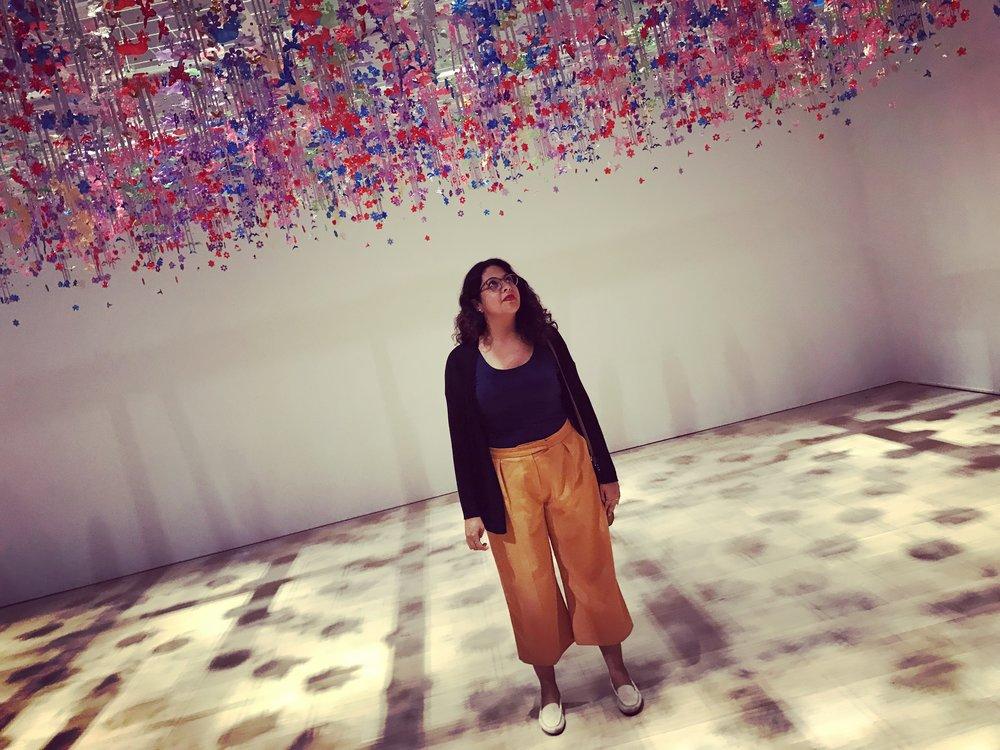 Tu mentora - Nuestro cerebro cambia cuando viajamos. Lo dicen neurocientíficos y mi mente soñadora en esta foto tomada en el Mori Art Museum en Japón.Quiero inspirarte con mi historia y ayudarte a cumplir sueños.En 2010 creé mi primer medio de comunicación en la Patagonia argentina. En 2017 #WeAreClimate nació en New York con un objetivo clave: reunir a una comunidad interesada en aportar soluciones al cambio climático.Porque para cambiar primero hay que desearlo fuerte y animarse. Vos, ¿te animas?