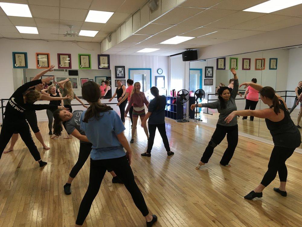 Modern Dance Workshop 2017