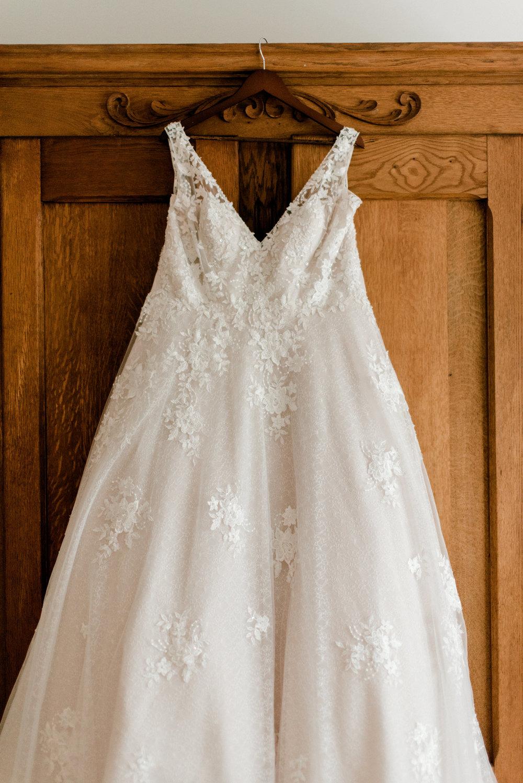 Madison Porkchop Married-Getting Ready Details-0001.jpg