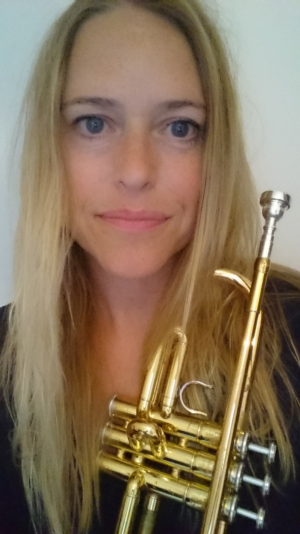Nicola Curran   - Nicola  is a teacher and took up the trumpet three years ago. she has played in the South London concert band, scratch orchestras and now enjoys playing with Morley College Big Band beginners. She played with us between January and July 2017.
