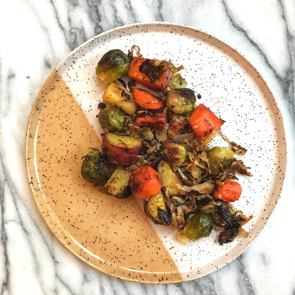 misfit+wellness+spatchcock+chicken+roasted+veggies