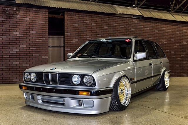 Is it #wcw yet? #cleanculture season closer #wheelcrushwednesday #bmw #bimmer #bimmerboys #germanengineering #e30 #e30m3 #e21 #e36 #e46 #e90 #euro #euroimportbmw #platinumvip #phamtomcupkit #phantomsuspension #flashlife #flashlifephotography @brendan_e30 @flashlifephotography