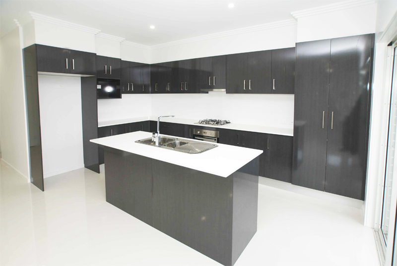 FLINDERS #4 30a Dillon Rd kitchen #2 web.jpg