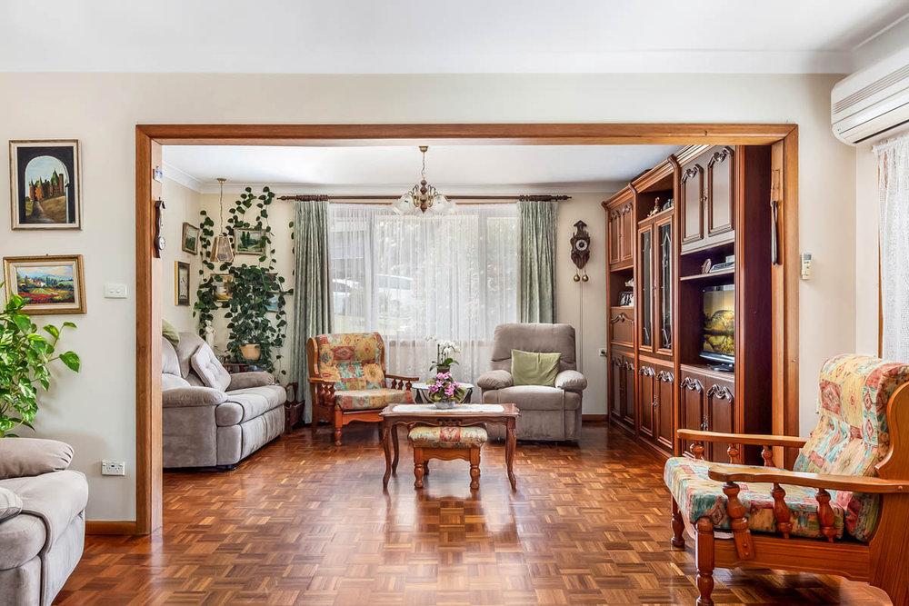 2.lounge.jpg