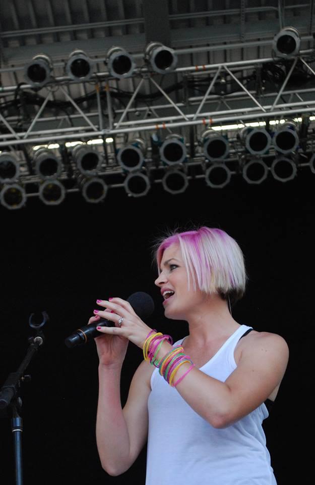 Even pastel pink hair.